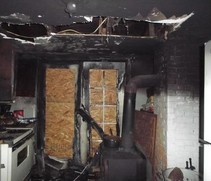 Fire Damage – Dallas Kitchen Before